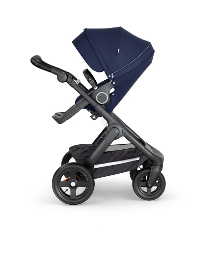 stokke-trailz-black-chassis-with-all-terrain-wheelsblack-leatherette-handle-deep-blue