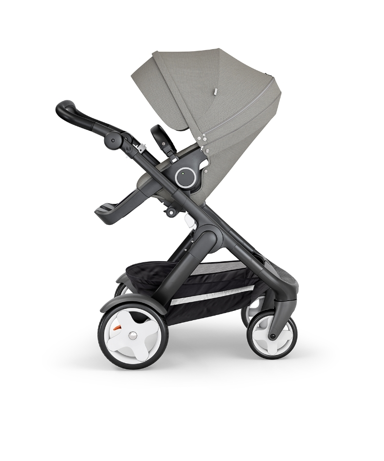 stokke-trailz-black-chassis-with-classic-wheelsblack-leatherette-handle-brushed-grey
