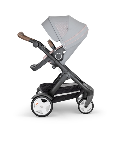 stokke-trailz-black-chassis-with-classic-wheelsbrown-leatherette-handle-athleisure-pink