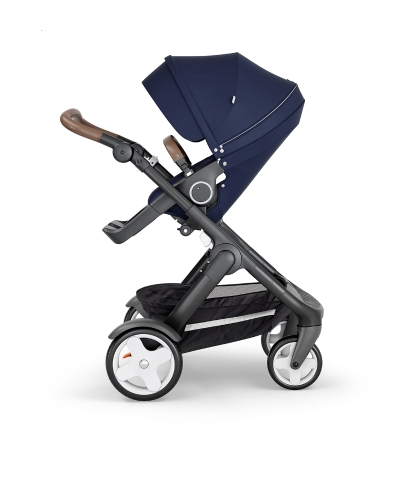 stokke-trailz-black-chassis-with-classic-wheelsbrown-leatherette-handle-deep-blue